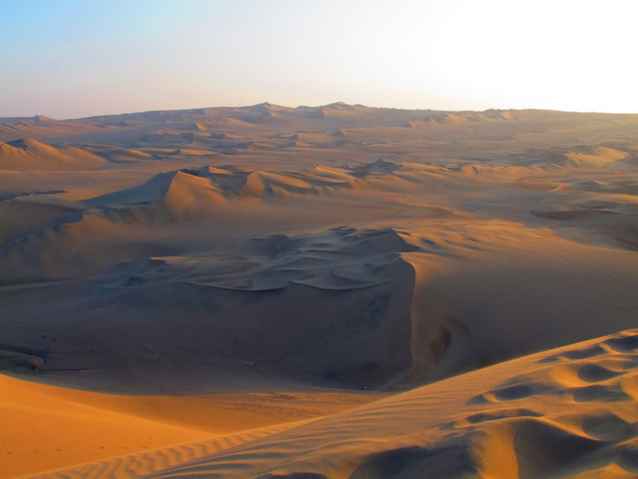 The dunes Huacachina, Peru
