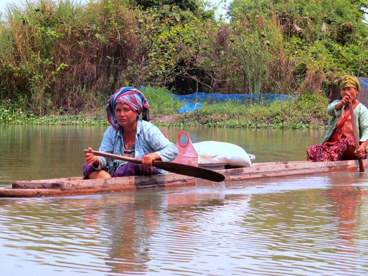 Old ladies outside Hpaan, Myanmar